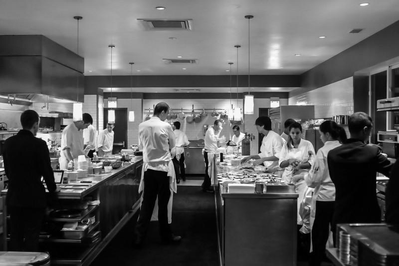 Alinea steakhouse is best restaurant in the world sets for Cuisine origin alinea